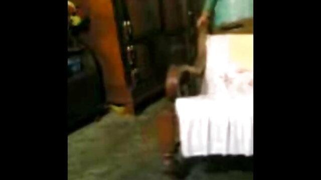 नाना में मुर्गा के लिए फैलता है-जापानी कॉम पर और बीएफ सेक्सी मूवी मूवी अधिक