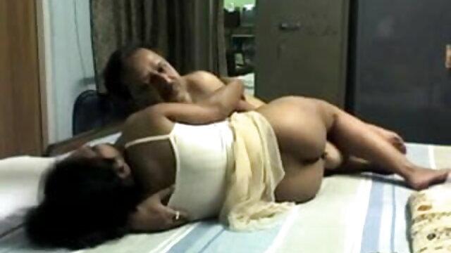 मोज़ा में गोरा सेक्सी मूवी बीएफ फिल्म बाथरूम में गड़बड़
