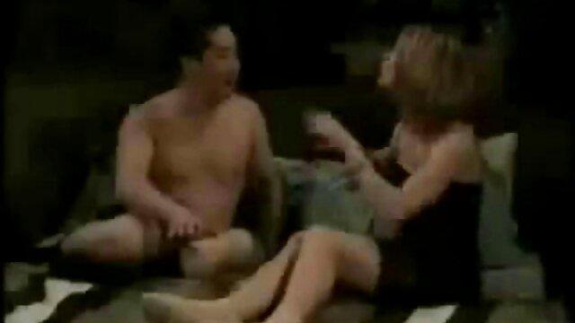 पत्नी एक समर्थक की तरह मुर्गा बेकार है! शॉट ग्लास में मुंह और सह में. सब कुछ निगल लिया है! बीएफ सेक्सी मूवी वीडियो