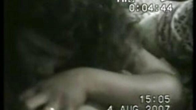 अधोवस्त्र में गोरा छिड़काव बीएफ सेक्सी मूवी मूवी सह हो जाता है