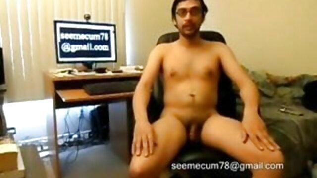 गंदा योनी सेक्सी मूवी फुल एचडी बीएफ एक सेक्स टेप बनाना चाहता है