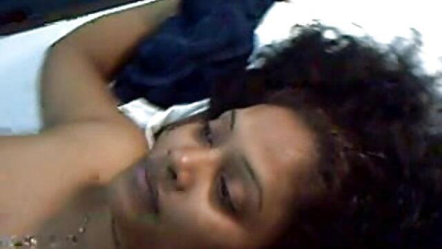 सुनहरे बालों वाली कैमरे गाने वाली बीएफ मूवी पर खराब कर दिया है