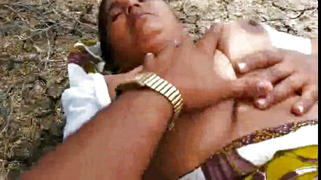सह भूख नगीसा एआईबीए निगल बीएफ सेक्सी पिक्चर हिंदी मूवी मुर्गा