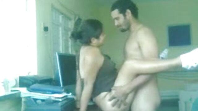 युवा हिंदी सेक्सी बीएफ मूवी और बेचैन