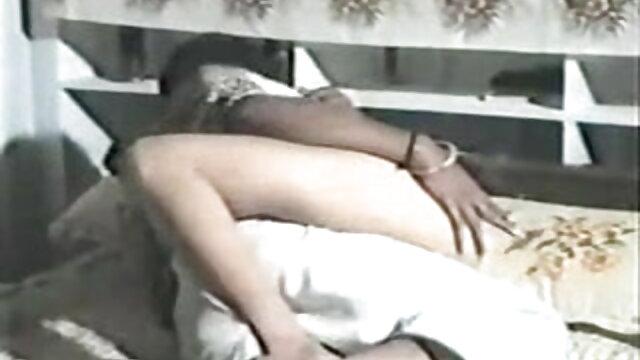 रॉबिन उसे तंग गधे सेक्सी मूवी बीएफ फुल एचडी गड़बड़ मुश्किल हो जाता है