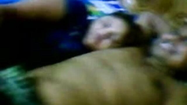 सवाना मिठाई उसके गले सेक्सी मूवी बीएफ वीडियो गड़बड़ हो जाता है