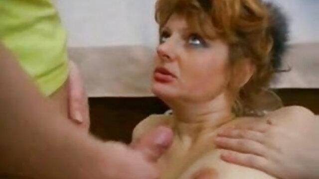सीधे शौकिया सह बीएफ फिल्म सेक्सी मूवी प्राप्त करने के बाद मुखमैथुन से बाप