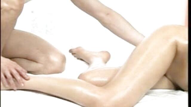 गहरे गले मुर्गा और सह निगल हिंदी में सेक्सी बीएफ मूवी