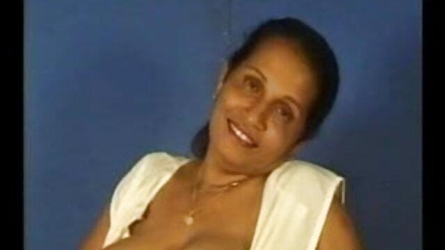 अकी शरारती एशियाई मॉडल सेक्स है इंडियन बीएफ सेक्सी मूवी